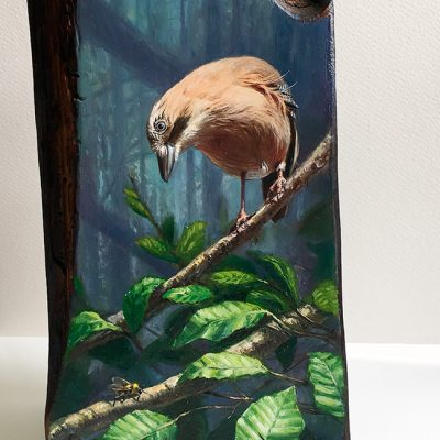 Garrulus glandarius / Arrendajo euroasiático / Eurasian jay - Óleo sobre bloque de madera / OIl painting on wood - 15 x 22,5 x 6,5 cm - © Lucía Gómez Serra